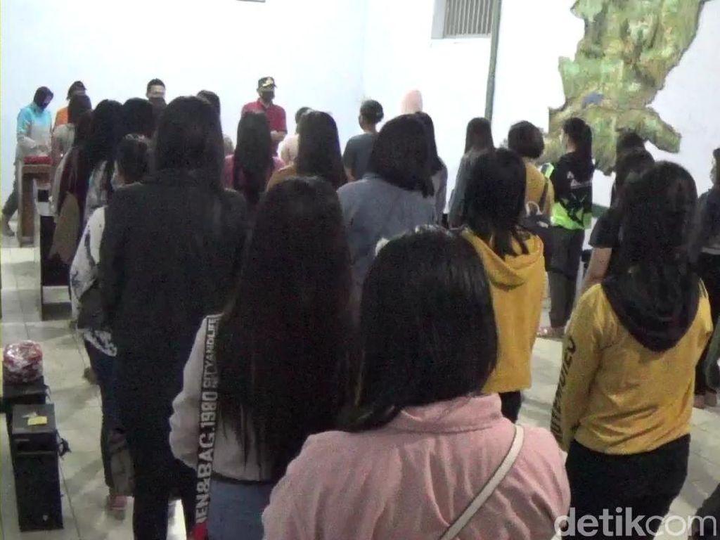 Kena Razia Satpol PP, 33 Pemandu Lagu di Banjarnegara Dites Swab