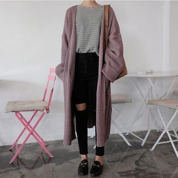 Bisa mengenakan dengan mudah dan dipadupadankan dengan pakaian lainnya.