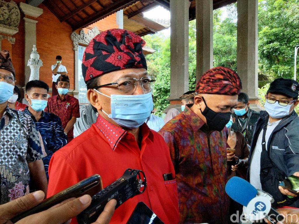Viral Acara PDIP Bali Tiup Lilin Buka Masker dan Suap-suapan Satu Sendok