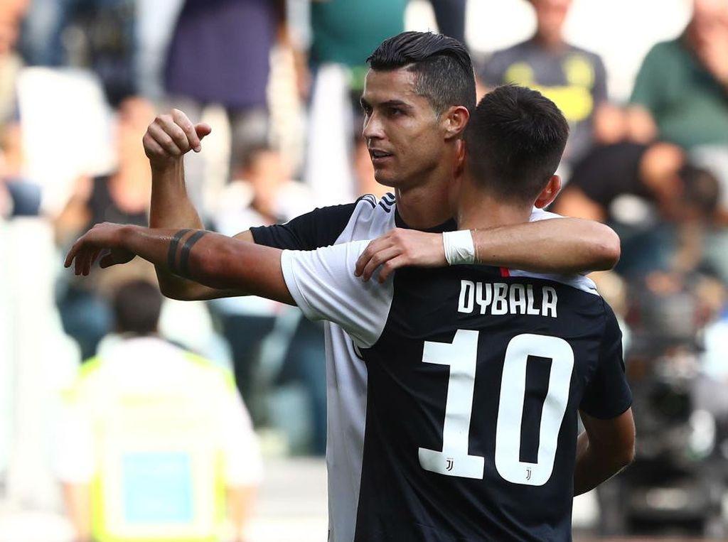 Cristiano Ronaldo Redupkan Paulo Dybala