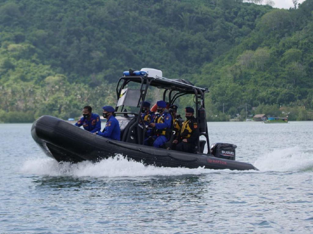 Polda NTB, Bea Cukai & TNI AL Patroli Bersama di Perairan Lembar NTB