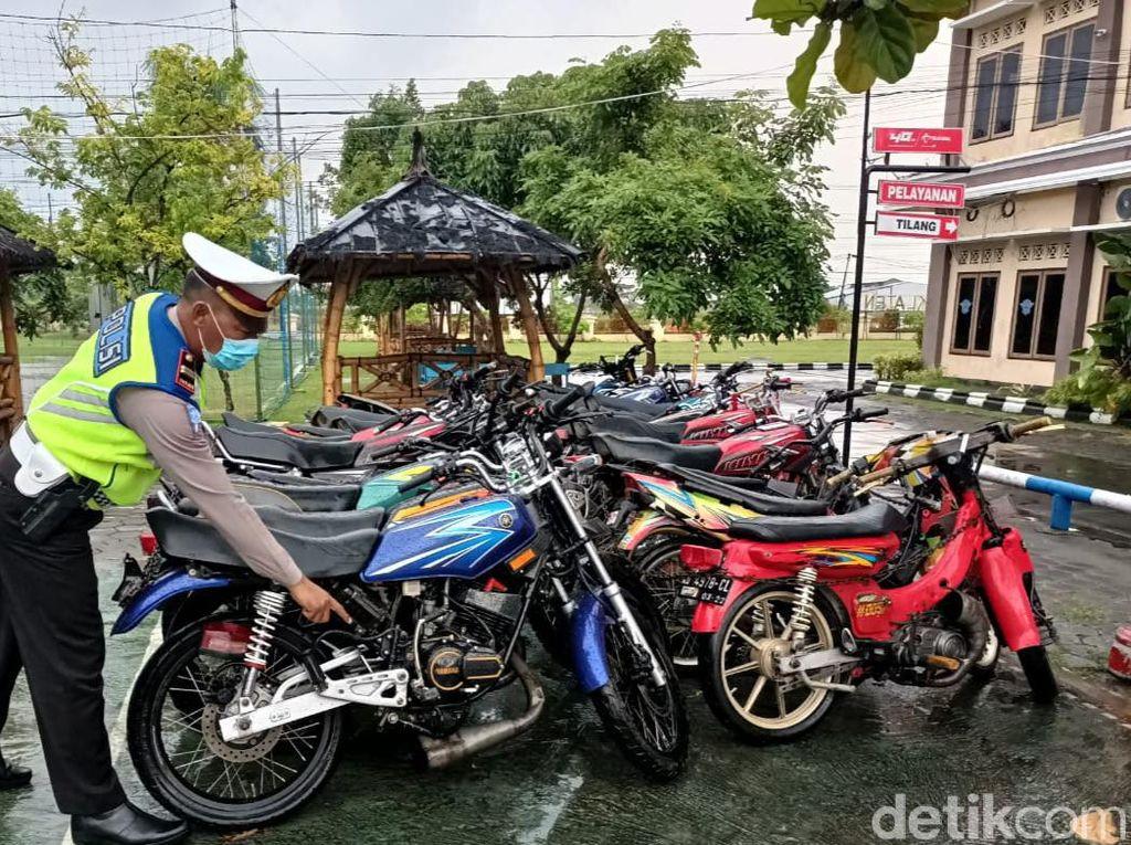 Konvoi Pakai Knalpot Brong, Belasan Pemuda di Klaten Ditilang Polisi