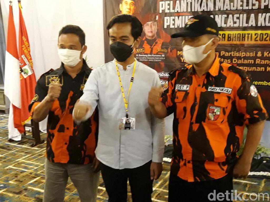 Tak Cuma Jokowi, Gibran Rakabuming Juga Siap Disuntik Vaksin Corona