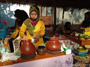 Pasar Ampiran Bergaya Tempo Dulu di Lereng Muria