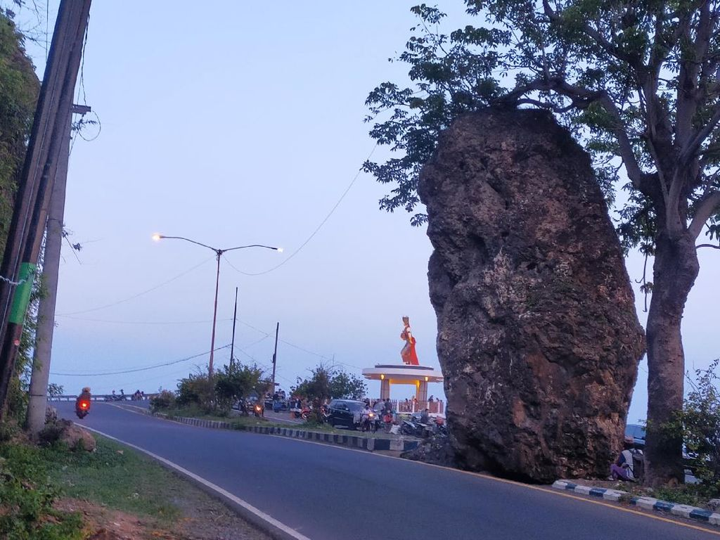 Watudodol, Pintu Gerbang Banyuwangi yang Dikenal Menyimpan Mistis dan Angker