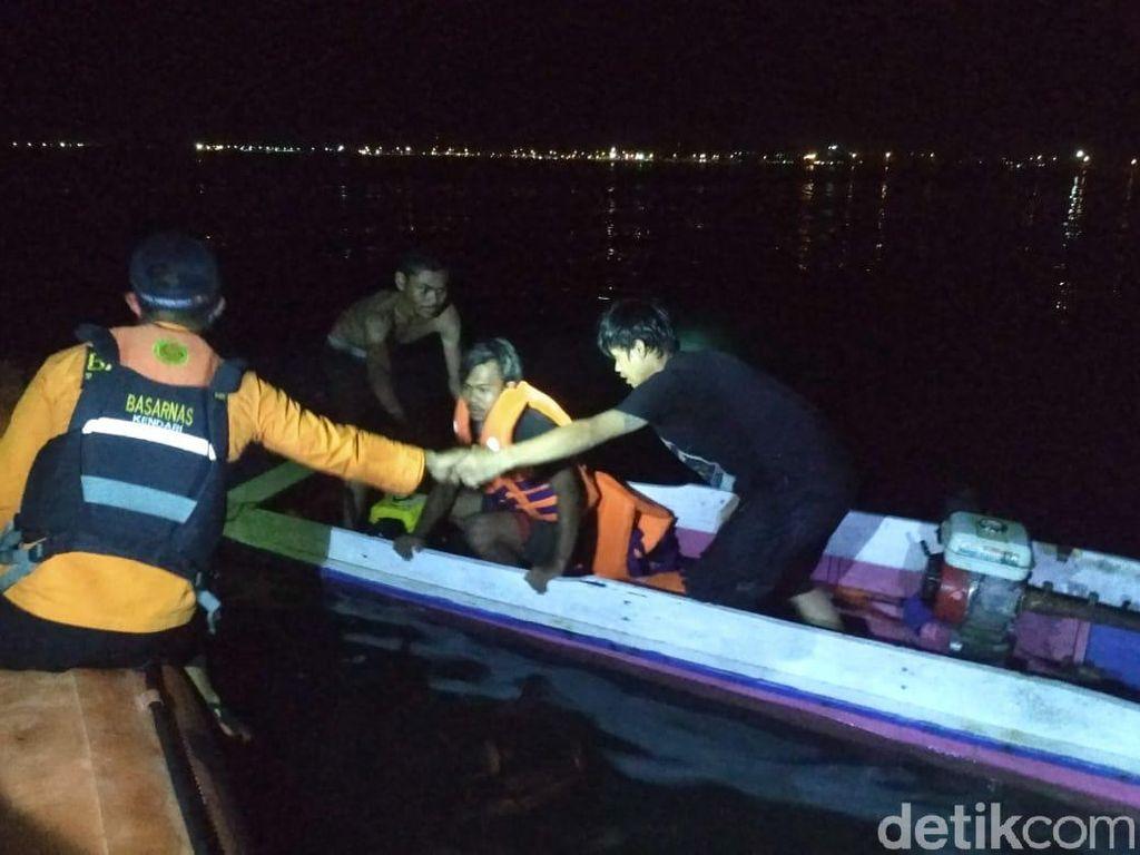 Longboat Berisi 4 Orang Terbalik di Kolaka, Seluruh Penumpang Selamat