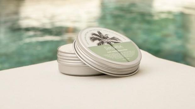 Sensatia Botanicals Surf Naked Sunscreen adalah tabir surya natural dan cruelty-free