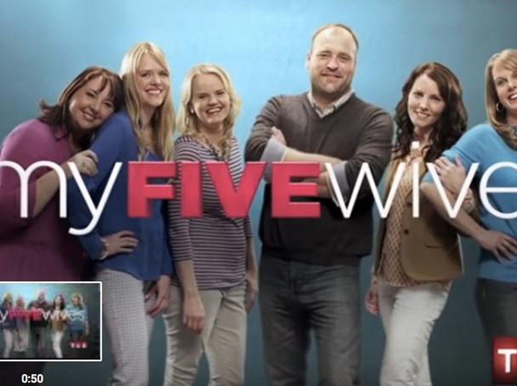 Foto: Intip Kehidupan Pria yang Poligami dan Tinggal Bareng 5 Istri