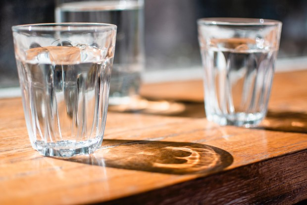 Ilustrasi air putih