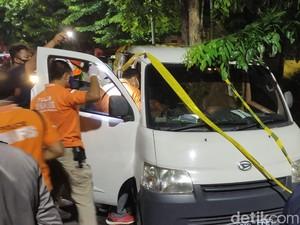 Seorang Pria Ditemukan Tewas dalam Mobil Rental di Semarang