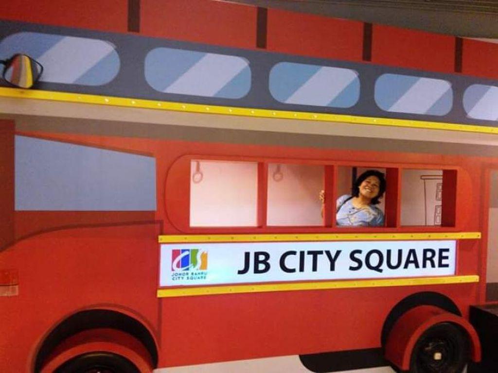 Potret Seru-seruan di Johor Baru City Square