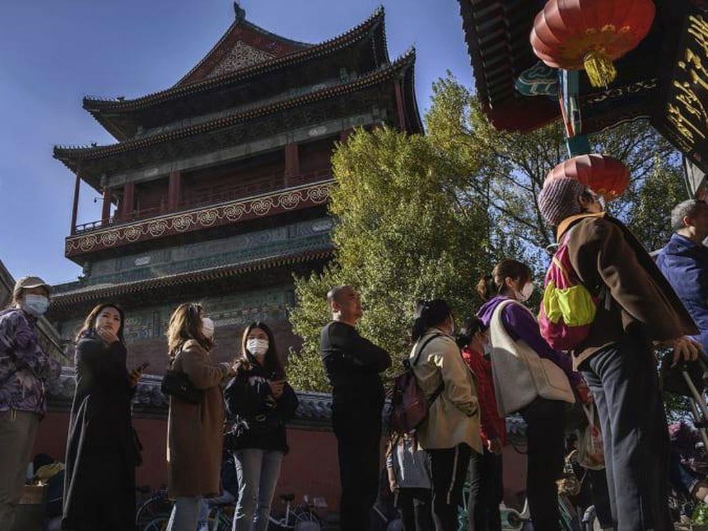 Wisatawan Mulai Padati Objek Wisata China di Momen Libur Imlek