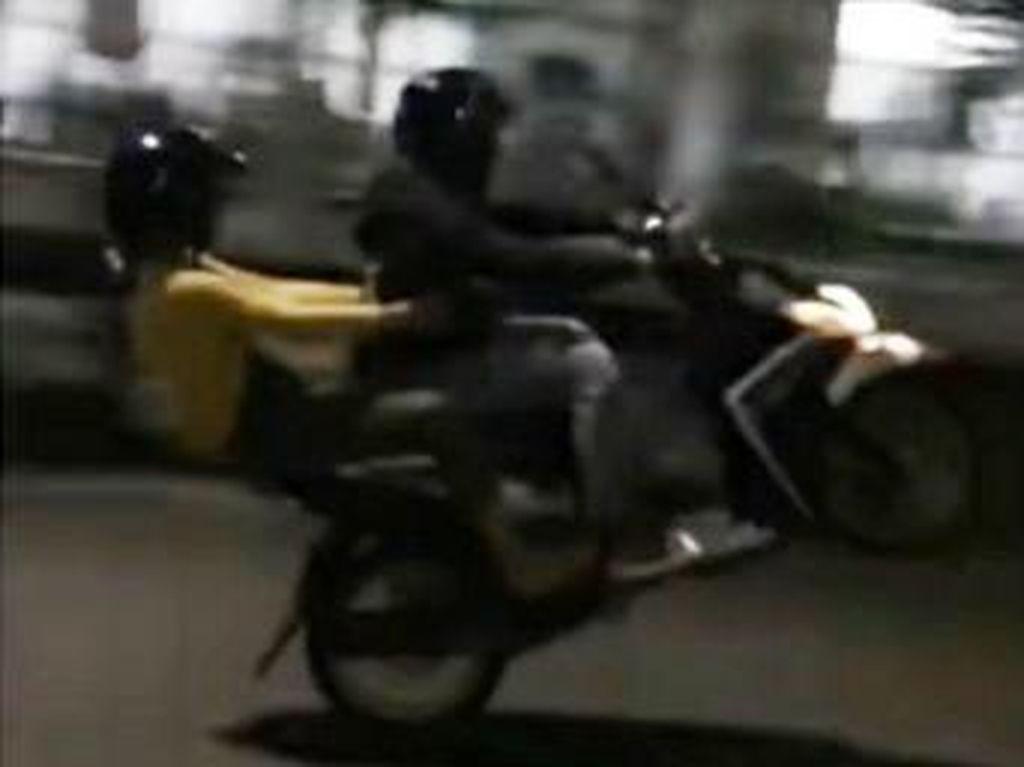 Aksi Pemotor Freestyle di Makassar Bikin Gusar
