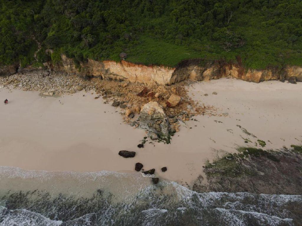 Gempa Sumba yang Perlahan Meruntuhkan Batu Cincin Pantai Mbawana