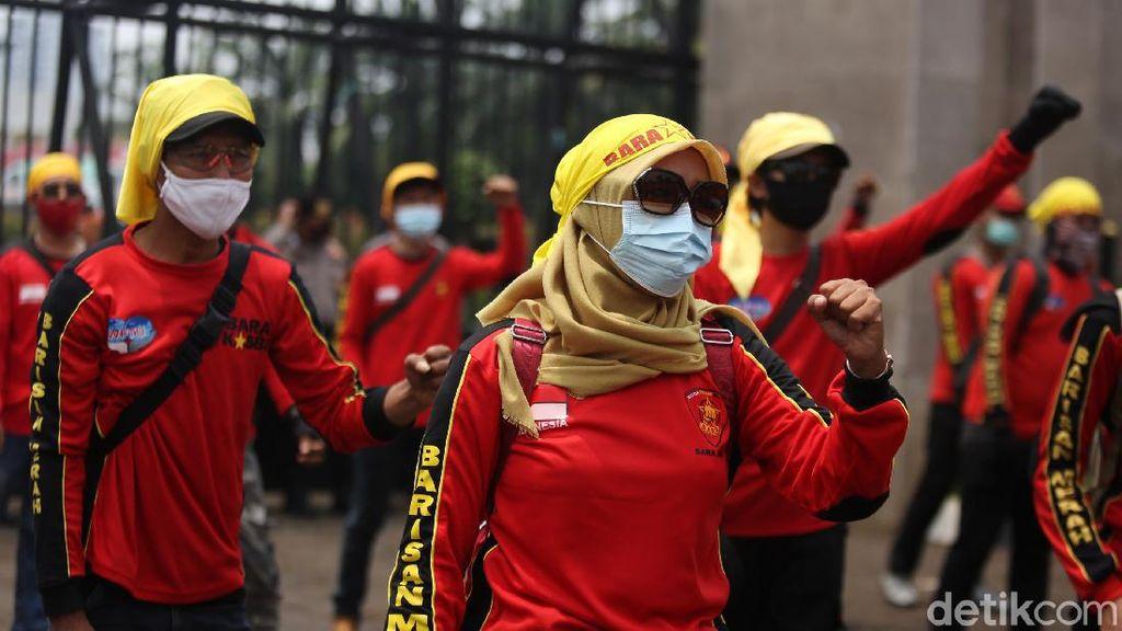 Buruh Tolak UU Cipta Kerja Kembali Demo DPR