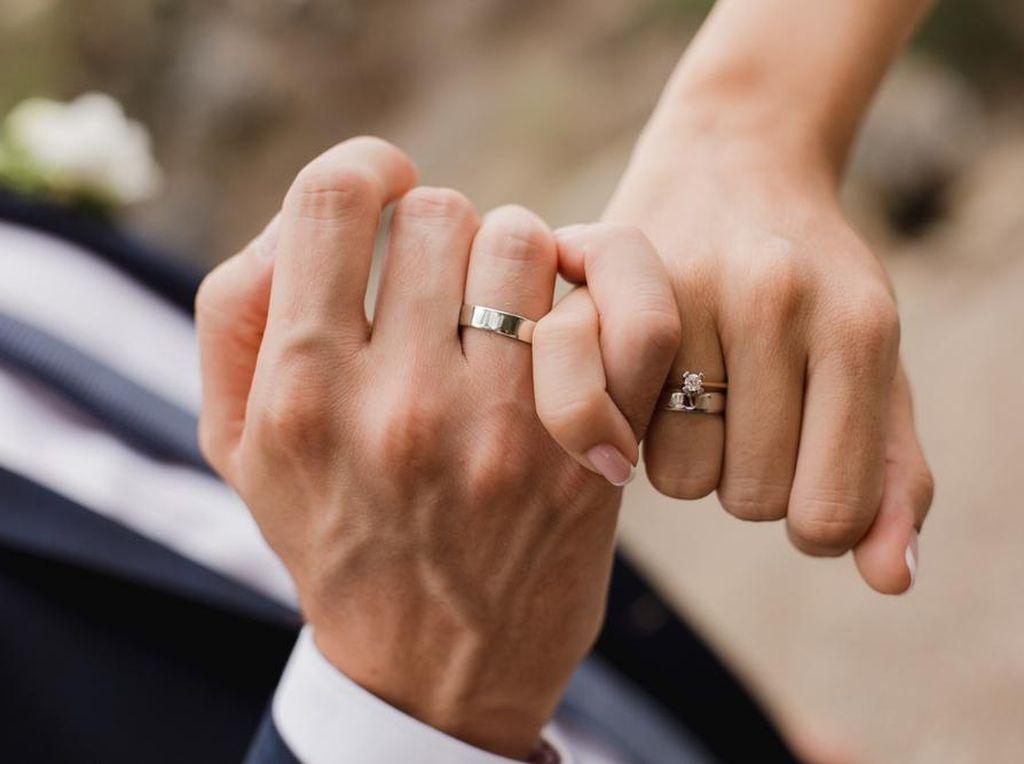Doa untuk Pengantin yang Menikah Sesuai Sunnah Rasulullah SAW