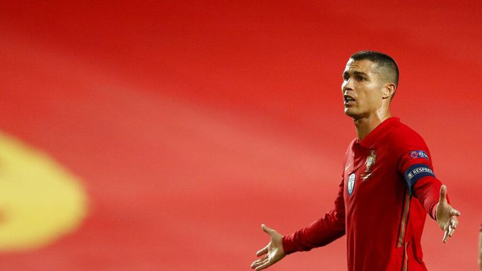 Portugals Cristiano Ronaldo gestures during the UEFA Nations League soccer match between Portugal and France at the Luz stadium in Lisbon, Saturday, Nov. 14, 2020. (AP Photo/Armando Franca)