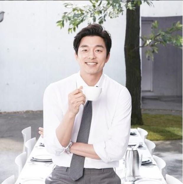 Goo Yoo Ahjussi yang punya lesung pipi