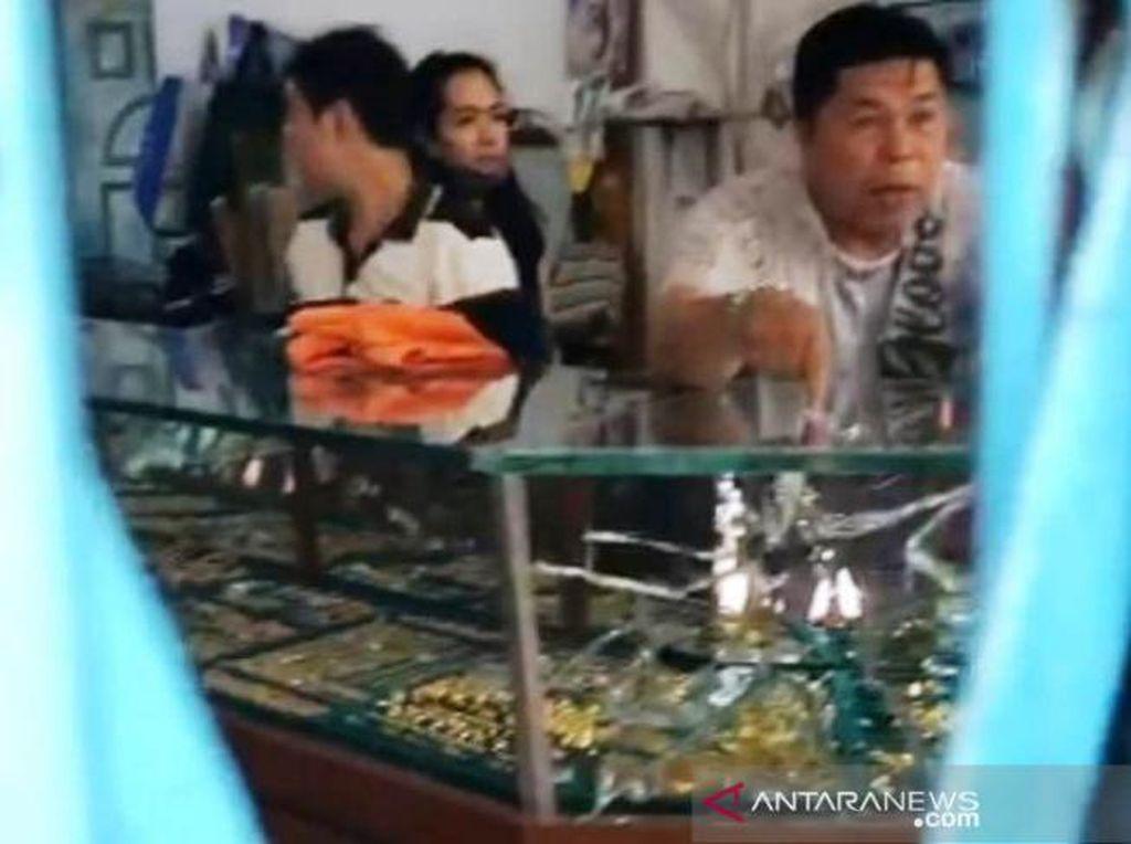 Toko Pengusaha Emas Terbesar di Meulaboh Aceh Dirampok