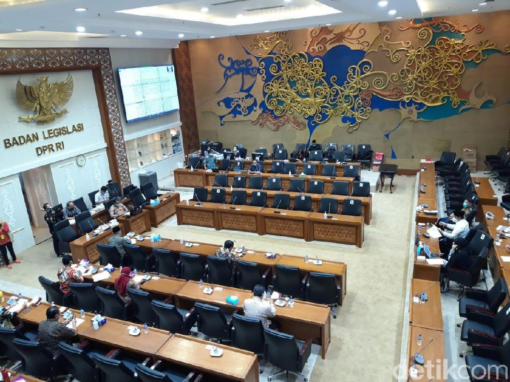 4 Fraksi DPR Soroti RUU HIP, F-Golkar Singgung Kedatangan Habib Rizieq