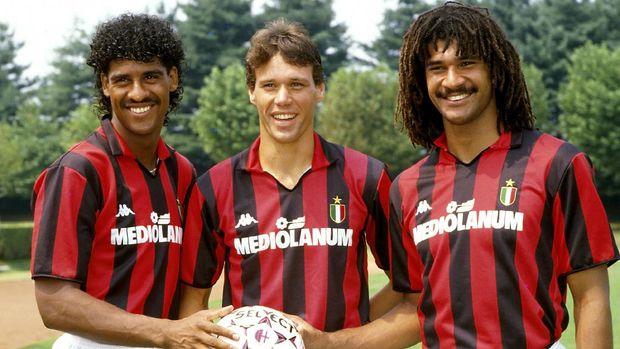 Trio Belanda AC Milan di era 1980-an dan 1990-an, Frank Rijkaard, Marco van Basten dan Ruud Gullit.