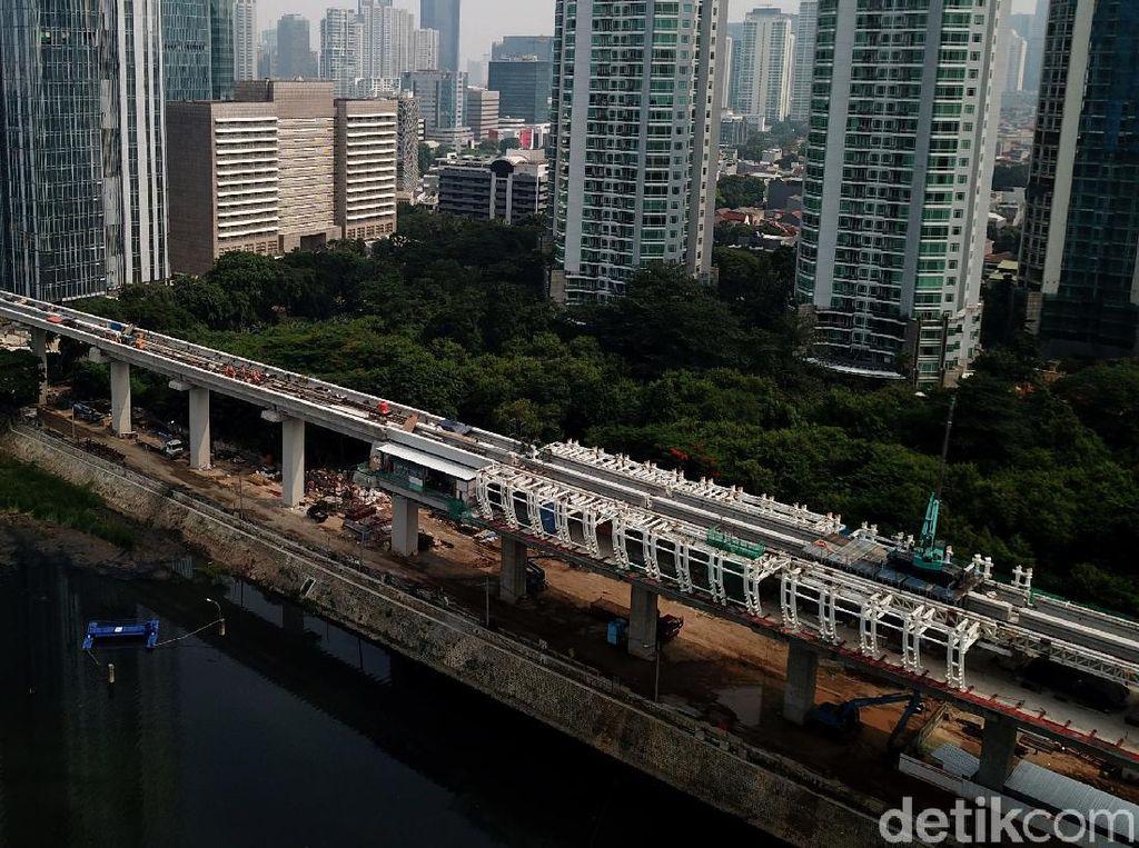 Wow, Progres Pembangunan LRT Sudah 80 Persen Lho