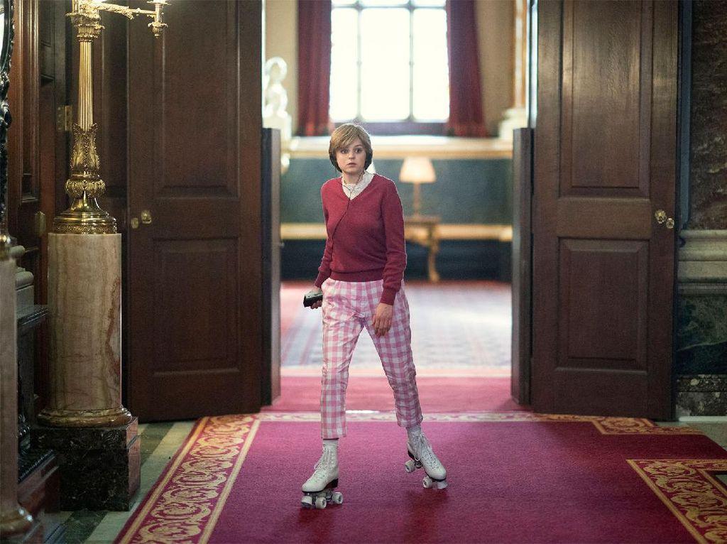 Fakta Sebenarnya Kisah Putri Diana Main Sepatu Roda di Istana Jelang Nikah