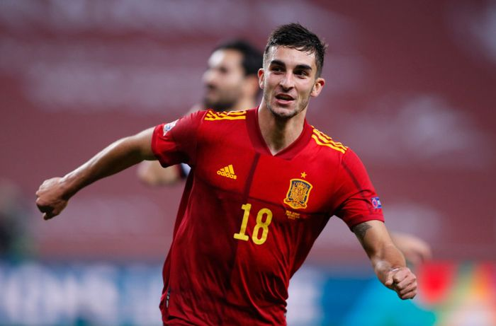 SEVILLE, SPAIN - NOVEMBER 17: Ferran Torres of Spain celebrates his teams fifth goal  during the UEFA Nations League group stage match between Spain and Germany at Estadio de La Cartuja on November 17, 2020 in Seville, Spain. (Photo by Fran Santiago/Getty Images)