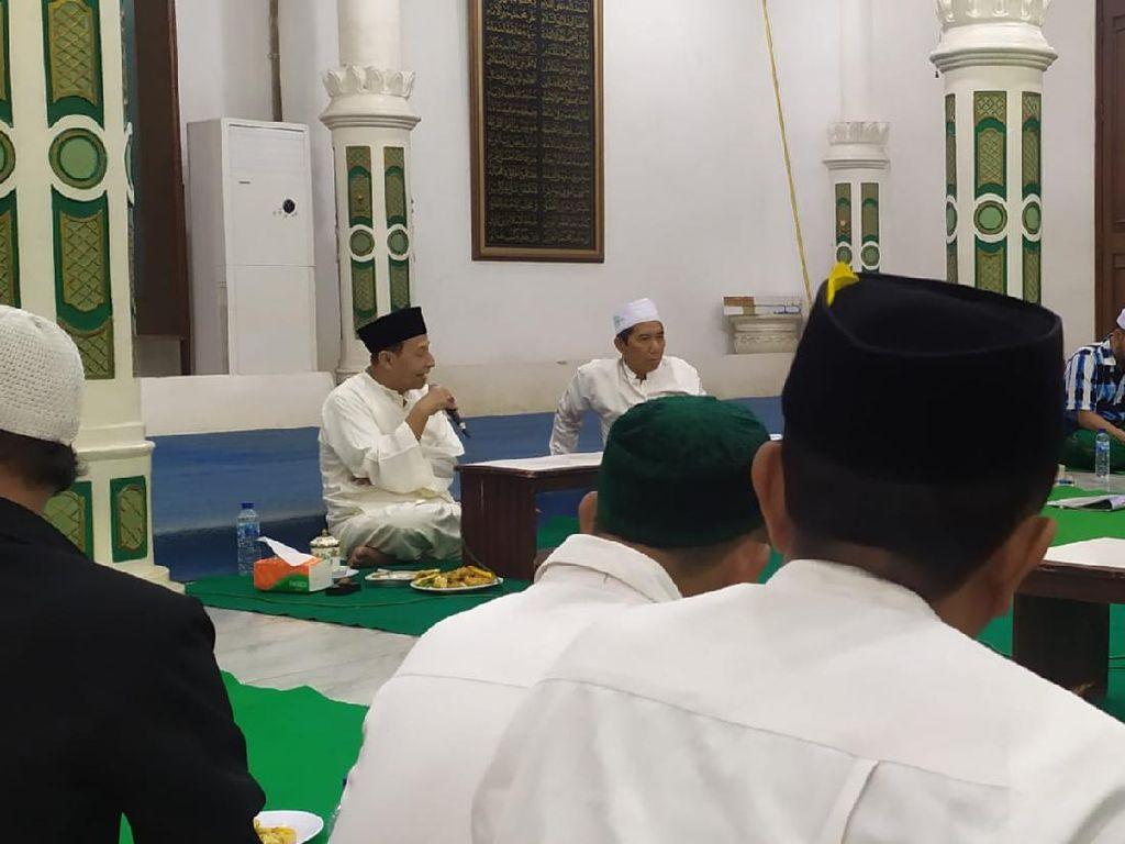 Penjelasan Habib Luthfi Terkait Maulid Akbar Kanzus Sholawat Diundur