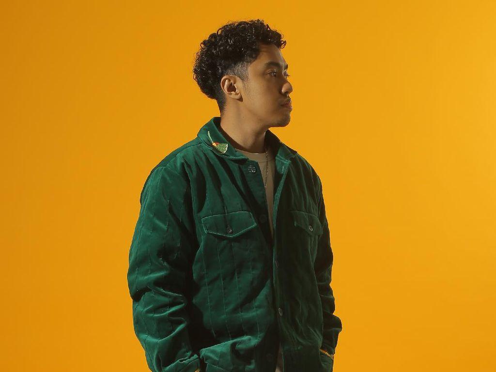 Laze Ingin Hip Hop Lebih Membumi dalam Puncak Janggal