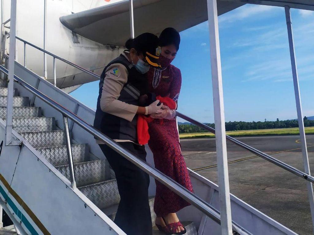 Potret Penumpang Lion Air yang Melahirkan di Pesawat