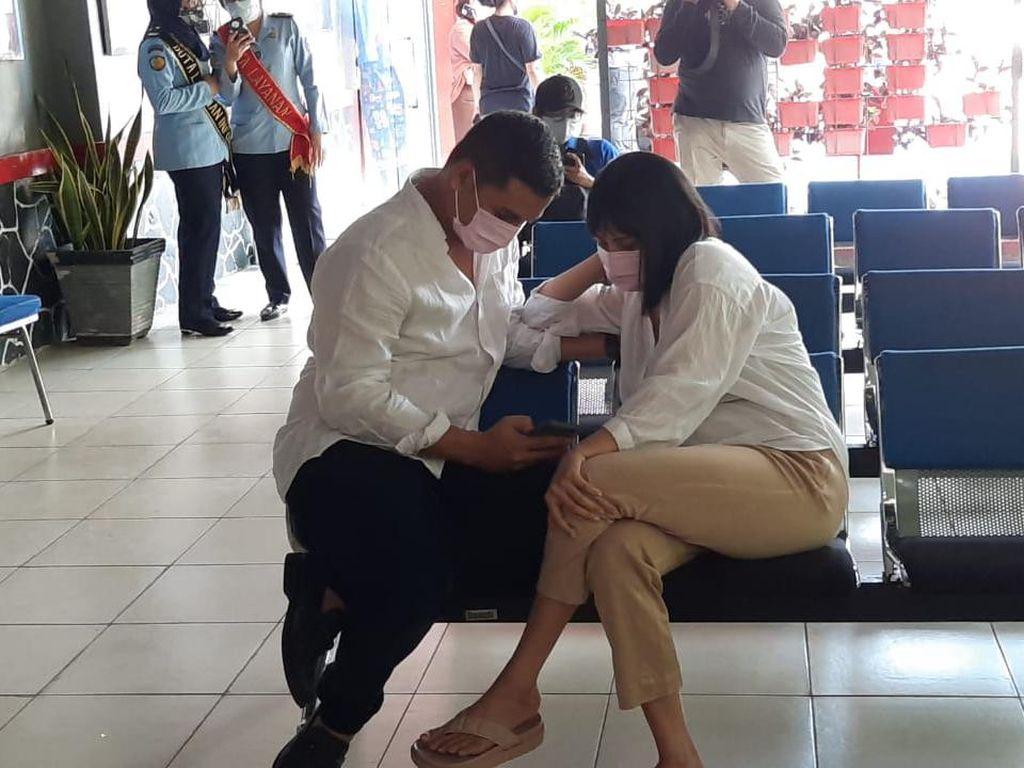 Ditemani Suami, Vanessa Tiba di Lapas Pondok Bambu untuk Jalani Masa Tahanan