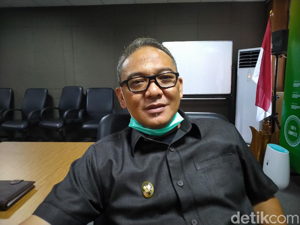Wabup Bogor soal Kerumunan Massa Habib Rizieq: Itu di Luar Kendali