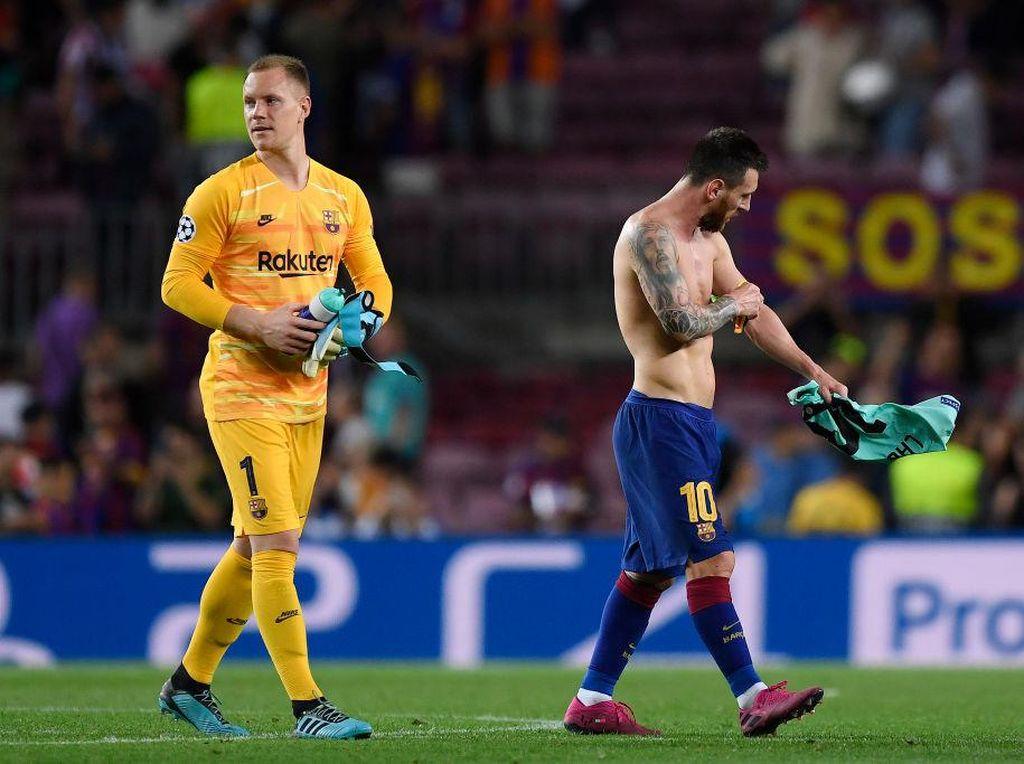 Ter Stegen: Semoga Messi Tak Pergi, Bisa Bahagia di Barcelona