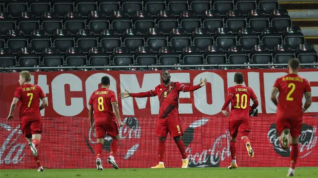 Belgium's Romelu Lukaku celebrates after scoring his side's second goal during the UEFA Nations League soccer match between Belgium and Denmark at the King Power stadium in Leuven, Belgium, Wednesday, Nov. 18, 2020. (AP Photo/Francisco Seco)
