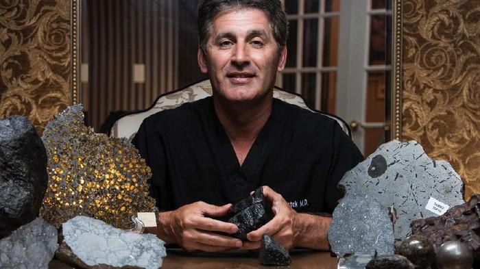 Jay Piatek Kolektor Batu Meteor
