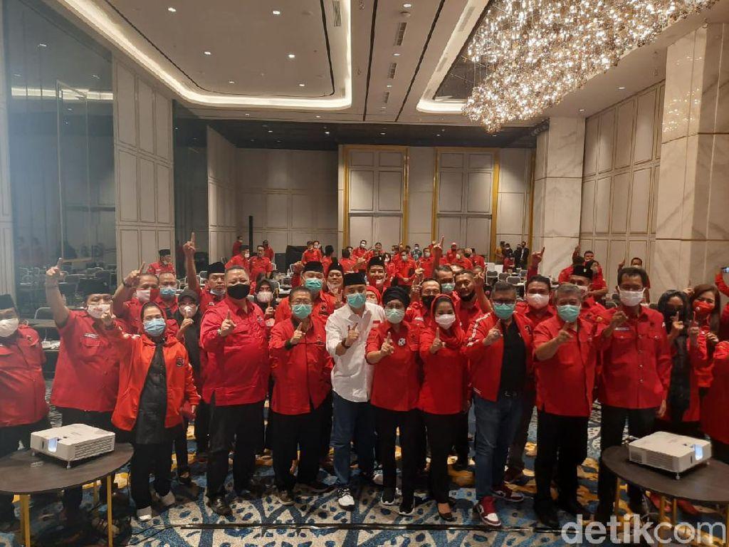Selain Kakak Whisnu Sakti Buana, PDIP juga Pecat Kader Senior Mat Mochtar