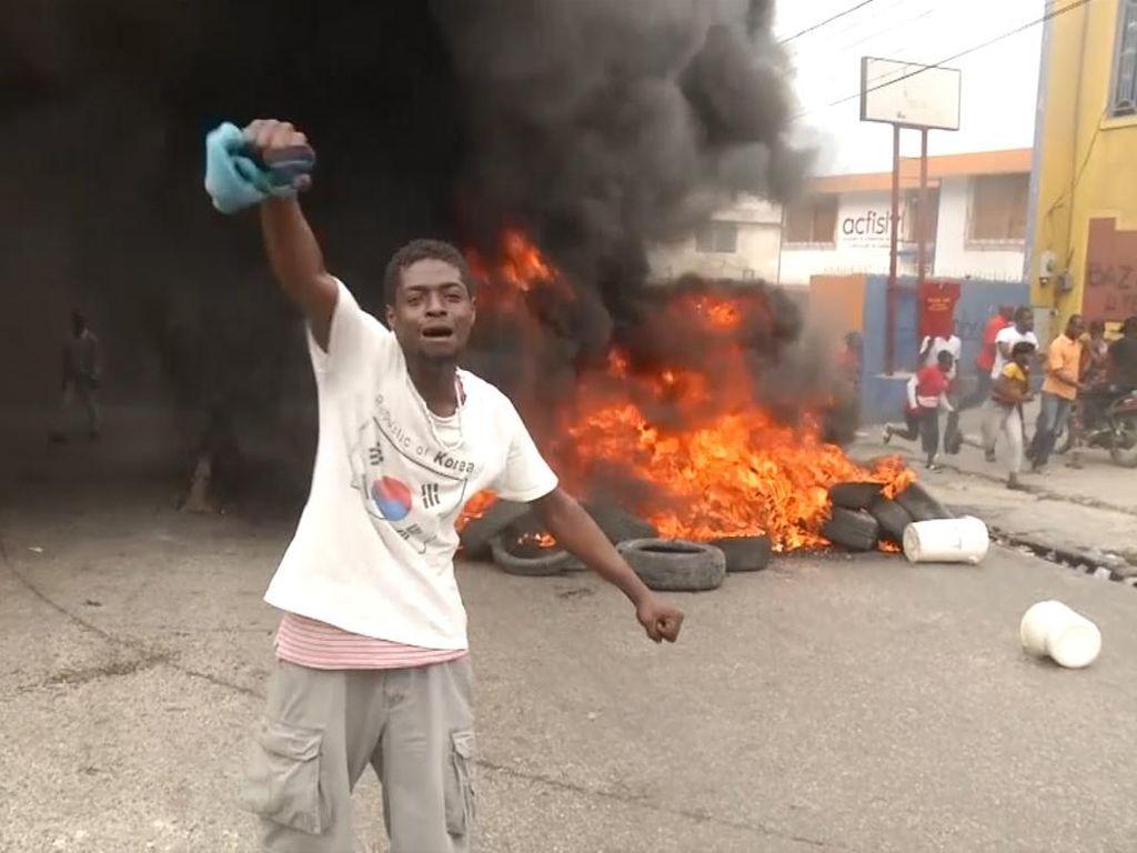 Gangster Merajalela, Warga Haiti Protes Pemerintah