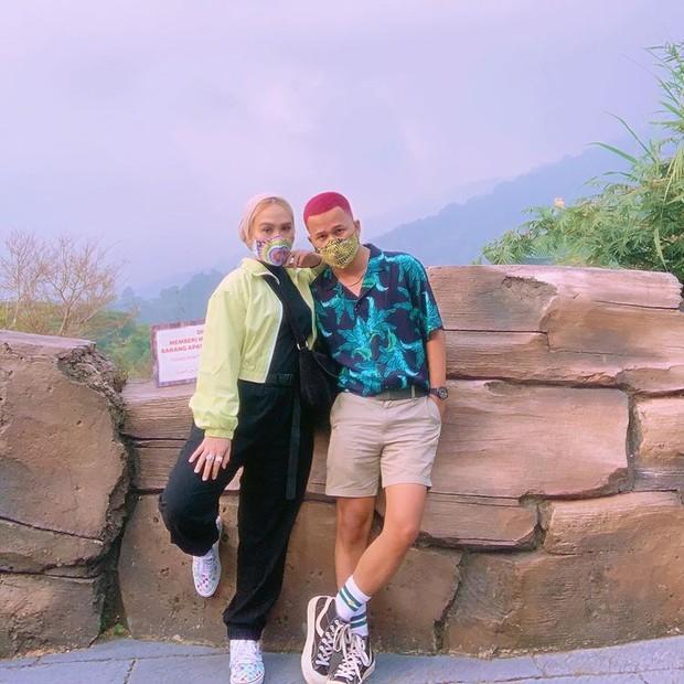 Ashilla Sikado dan pacar liburan bersama di tengah pandemi/instagram.com/ashillasikado