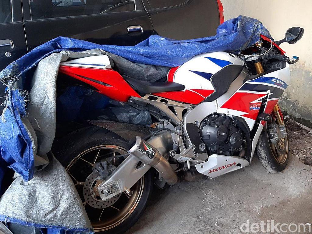 Rasa Kasihan Berujung Damai Kasus Honda CBR1000RR SP vs Daihatsu Ayla