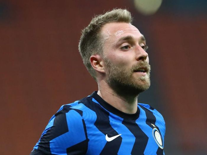 MILAN, ITALY - SEPTEMBER 19:  Christian Eriksen of FC Internazionale looks on during the friendly match between FC Internazionale and SC Pisa at Stadio Giuseppe Meazza on September 19, 2020 in Milan, Italy.  (Photo by Marco Luzzani/Getty Images)