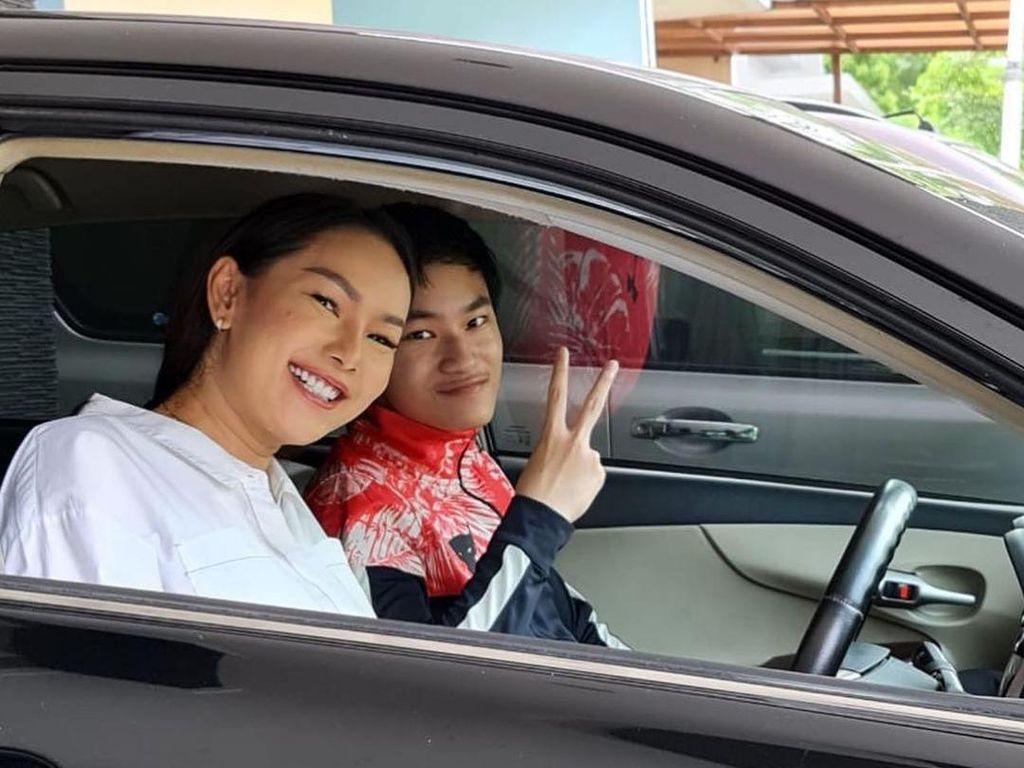 Kalina Oktarani Jelaskan ke Azka, Hubungan dengan Vicky Prasetyo Nyata