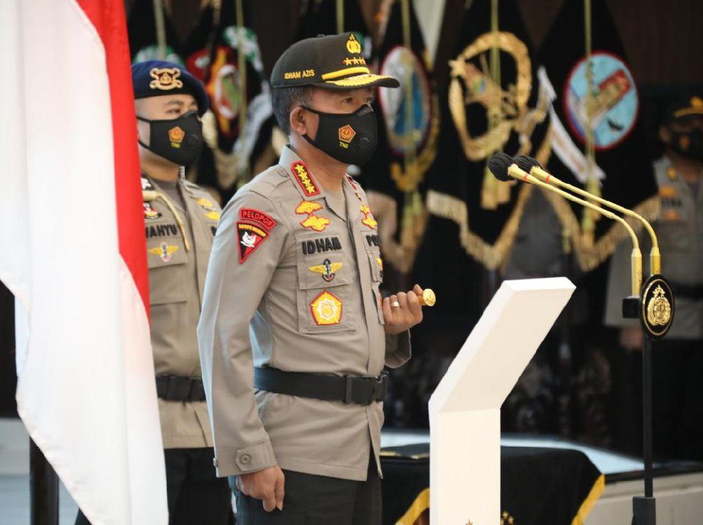 Kapolri Naikkan Pangkat 32 Anggota yang Tangkap Buron Teroris di Lampung