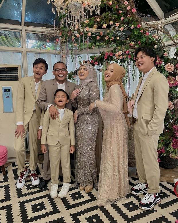 Pernikahan Nathalie Holscer dan Sule