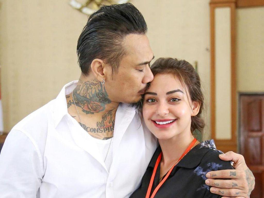 Jerinx Ultah, Nora Alexandra Doa Pernikahannya Dijauhkan dari Pelakor