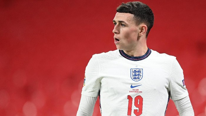 LONDON, ENGLAND - NOVEMBER 18: Phil Foden of England looks on during the UEFA Nations League group stage match between England and Iceland at Wembley Stadium on November 18, 2020 in London, England. Football Stadiums around Europe remain empty due to the Coronavirus Pandemic as Government social distancing laws prohibit fans inside venues resulting in fixtures being played behind closed doors. (Photo by Michael Regan/Getty Images)