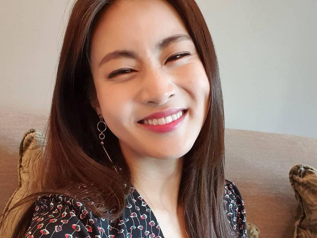 Chukahae! Kang Sora Melahirkan Anak Pertama