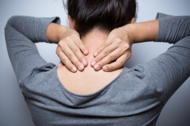 Ketika sinyal terganggu oleh kerusakan saraf, manusia akan merasa kedinginan.