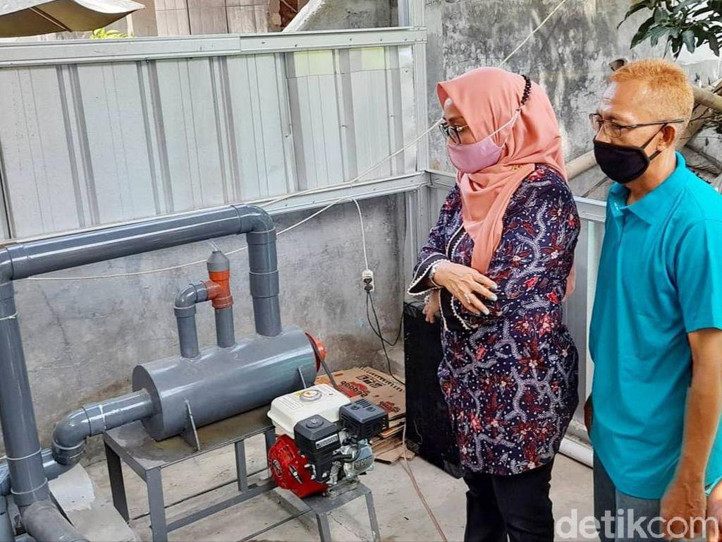 Warga Cirebon Kembangkan Alat Pembakar Sampah Ramah Lingkungan