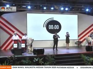 Dicecar Bobby soal Medan Clean Track Dihapus, Akhyar Tak Menjawab